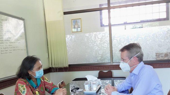 Counsellor Medical Australian Pastikan Kesiapan Penanganan Pasien Covid-19 di RSUP Sanglah