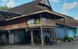 Rumah Panggung Suku Melayu Loloan