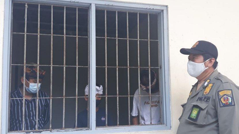 Sebanyak 3 Pengamen Maudeng Dibawah Umur Ditertibkan Satpol PP Kota Denpasar
