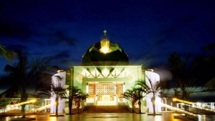 Masjid Agung Karimun, Tempat Ibadah dan Destinasi Wisata Religi, Bisa Tampung 4.000 Jamaah