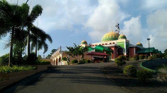 Mampu Tampung 6.000 Jamaah, Begini Keunikan Masjid Raya Baitul Makmur di Bintan