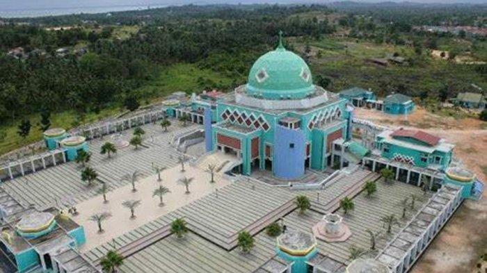 Masjid Agung Karimun Kepulauan Riau