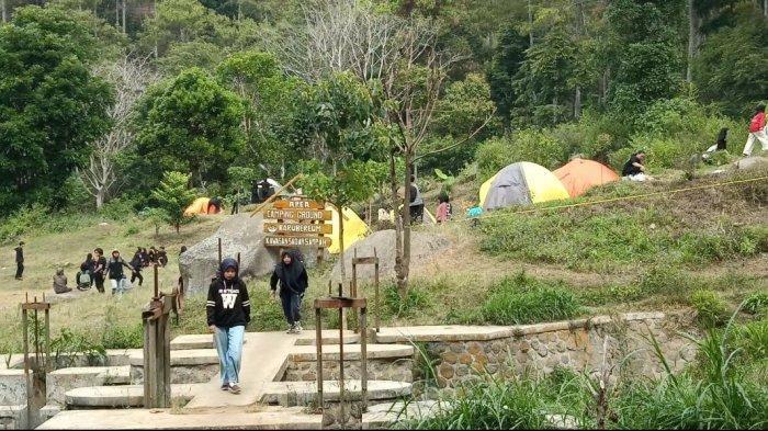Berkemah di Camping Ground Barubereum, Lebih Dekat Menuju Puncak Gunung Manglayang