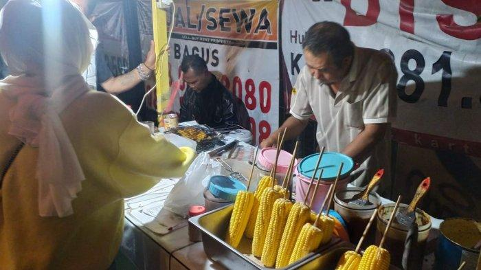 Jagung Bakar Doel, Kuliner Malam di Jalan Dago Harganya Kaki Lima Rasanya Bintang Lima
