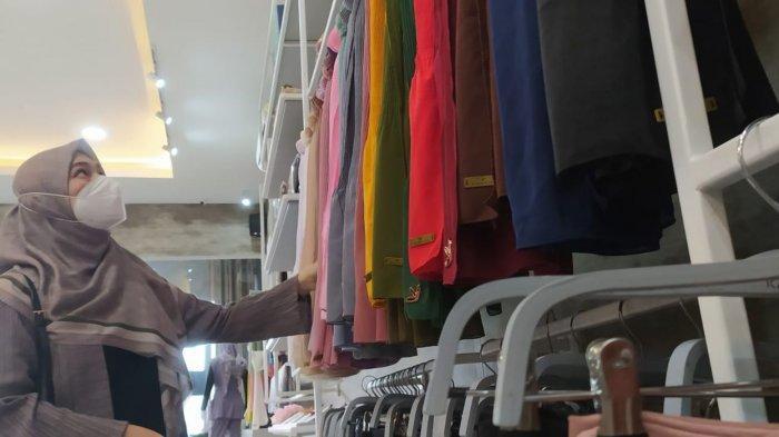 Kannasya Butik, yang berada di samping K Cafe & Coffee Shop di Jalan A.H. Nasution Nomor 958, Antapani, Kota Bandung