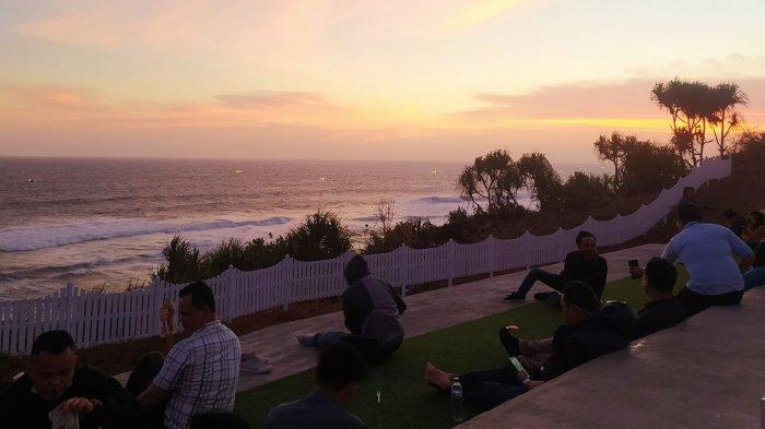 Pantai Karangpotong Cianjur Jadi Jawaban untuk Para Traveler yang Mendamba Keindahan Samudra Hindia