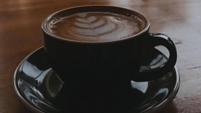 Tampilan latte art di Kopi Magma Bandung