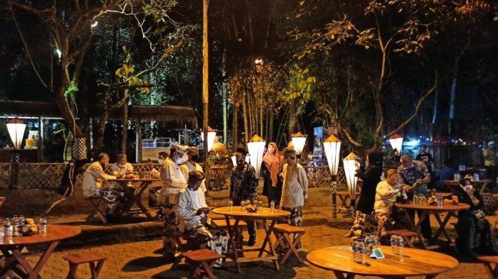 Tempat kuliner di Leuweung Seni, Kelurahan Ciseureuh, Kabupaten Purwakarta