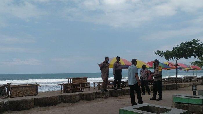 Petugas Keamanan Terus Mengimbau Wisatawan di RTH Citepus untuk Memperhatikan Protokol Kesehatan