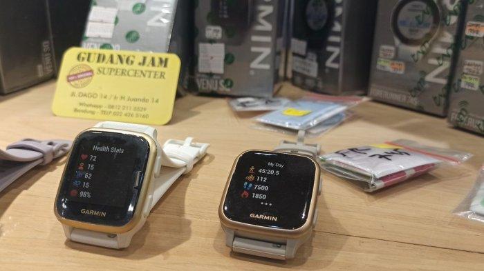 SmartWatch yang sedang tren di masa pandemi  dijual di Gudang Jam, Jalan Ir H Juanda, Bandung