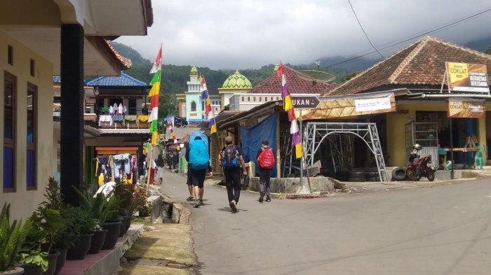 Sejumlah pendaki Ciremai akan mendaki dari jalur Palutungan, Kabupaten Kuningan