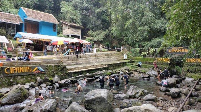 Wisatawan Datangi Cipaniis dan Objek Wisata Lainnya di Kecamatan Pasawahan, Kabupaten Kuningan
