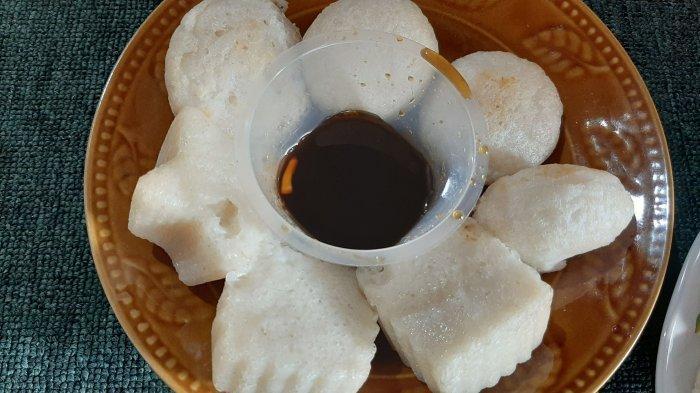 Kue Apem Dicocol Gula Merah, Rasanya Lezat, Ini Cara Menjalani Tradisi Rebo Wekasan di Cirebon