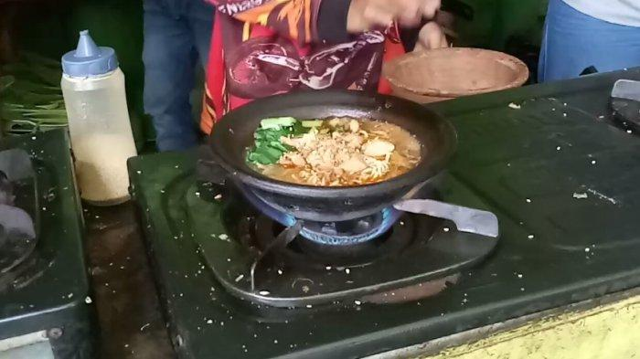 Menikmati Rasa Unik Mie Ayam Coet di Subang, Tersedia Aneka Varian Rasa, Harganya Terjangkau