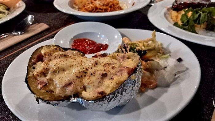 Ini Resep Kentang Mozarella Panggang Isi Sosis Ayam yang Cocok untuk Sarapan
