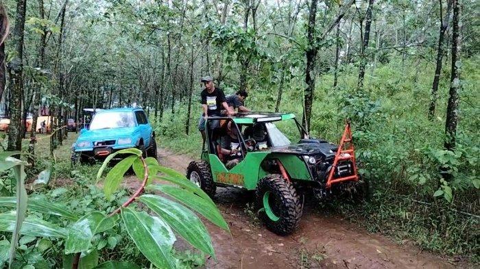 Komunitas Suzuki Jimny Jajal Wisata Off Road Cibuntu di Kabupaten Kuningan, Liburan Bersama Keluarga