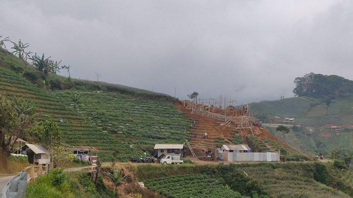 Fasilitas Musala Sedang Dibangun di Objek Wisata Terasering Panyaweuyan Kabupaten Majalengka