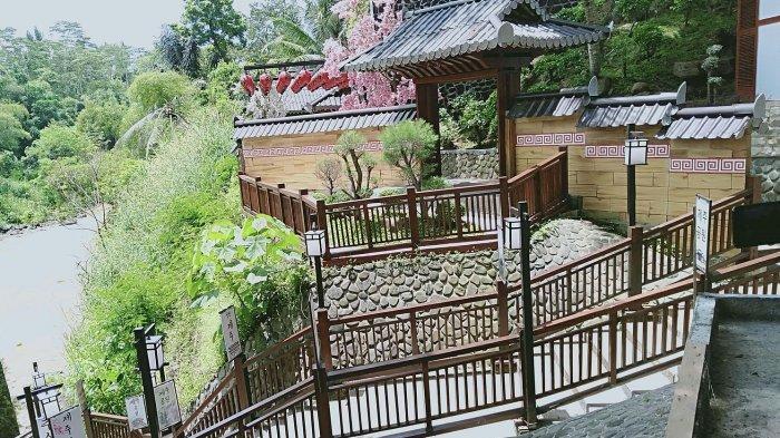 Rumah Korea Selatan ala Bukchon Village di Taman Wisata Karang Resik Tasikamalaya