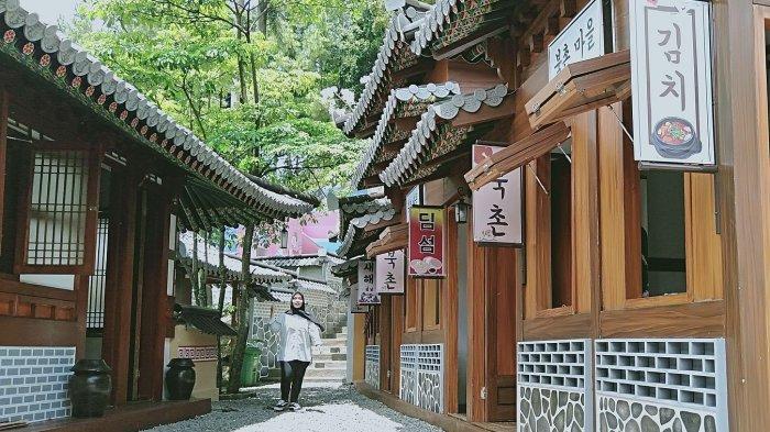Rumah Korea Selatan ala Bukchon Vilage di Taman Wisata Karang Resik Tasikamalaya