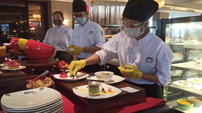 Jamuan Makan Saat Imlek di The Restaurant, Tamu Tidak Perlu Beranjak dari Kursi