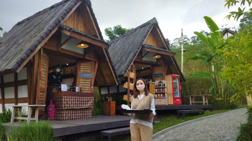 Objek Wisata Dusun Bambu di Kolonel Masturi Kini Menjadi Restoran Berkonsep Outdoor Dining Resort