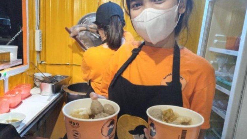 Kafe Nyaman Tempat Kongko Para Milenial di Jalan Halmahera Bandung, Dekat Lapangan Olahraga Saparua