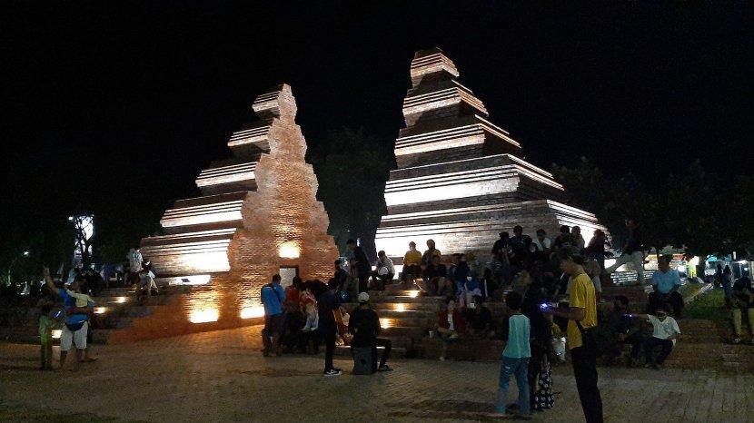 Warga Cirebon Makin Banyak Kunjungi Alun-alun Kejaksan, Jadi Tempat Favorit untuk Ngabuburit
