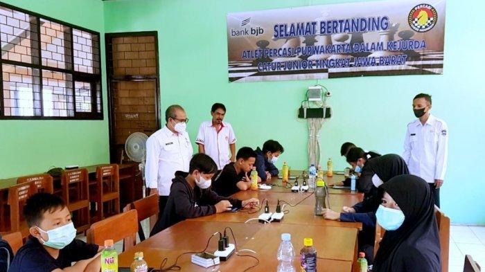 Kejurda Catur Online Jawa Barat di Kota Bekasi, akhir September 2021. Caca menjadi juara pertama.