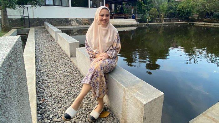 Citra Tobing Sempat Jatuh Cinta Pada Fesyen, Kini Jalani Profesi Sebagai Dokter Gigi