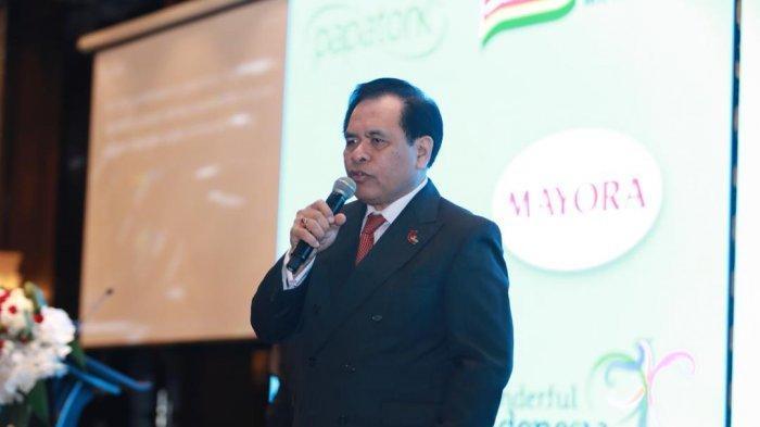 Duta Besar Republik Indonesia untuk Republik Rakyat Cina dan Mongolia, Djauhari Oratmangun