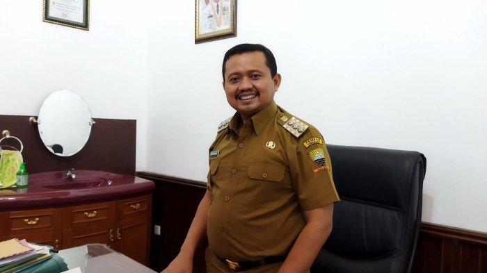 Bupati Sumedang, Dony Ahmad Munir