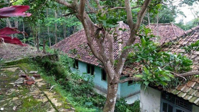 Dusun Cimeong, Desa Cilayung, Kecamatan Ciwaru, Kuningan