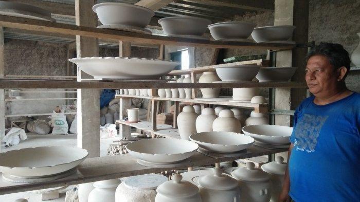 Keramik Karya Heri Terjual ke Amerika dan Afrika, Gunakan Kaolin Belitung dan Tanah Liat Sukabumi