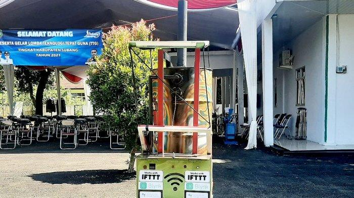 Prototipe Incinerator berbasis IoT, karya Suryanto Adisurya Juru Tulis Desa Bojonegara sedang dipamerkan di ajang lomba Teknologi Tepat Guna DPMD Kabupaten Subang, Senin (7/6/2021)