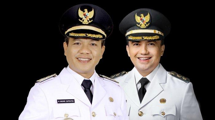 Bupati Bandung, Dadang Supriatna (kiri) dan Wakil Bupati Bandung, Sahrul Gunawan