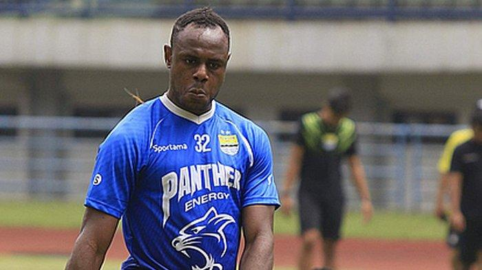 Bek Persib, Victor Chukwuekezie Igbonefo