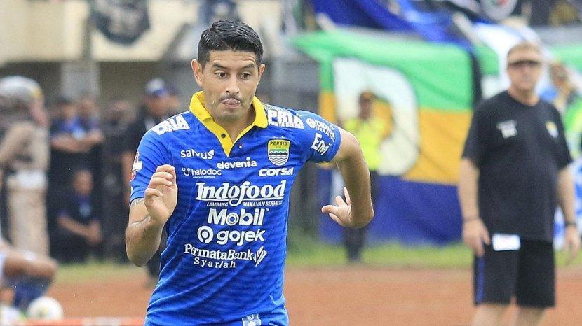 Sembuh dari Cedera Lutut, Esteban Gabriel Vizcarra Berharap Bisa Antarkan Persib Juara Musim Ini