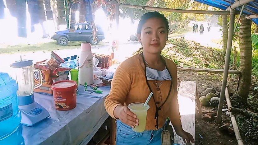 Bermodal Rp 1 Juta, Risma Pilih Jualan Makanan & Minuman Ringan di Pangandaran, Tolak Pinjaman Uang