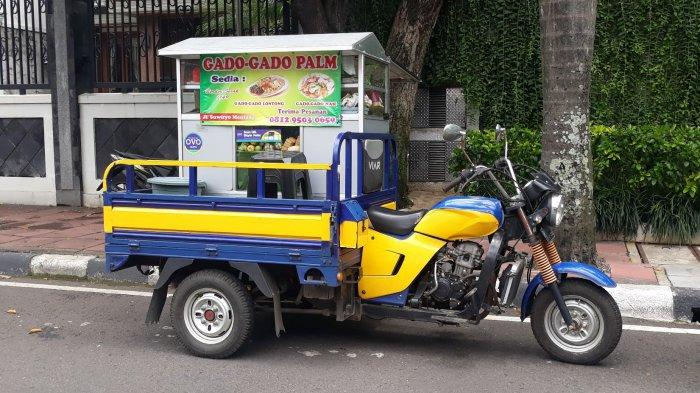 Gado-gado Palm sejak 1949, Jual dari Gerobak Motor dan Menu Favorit Makan Siang Warga Menteng