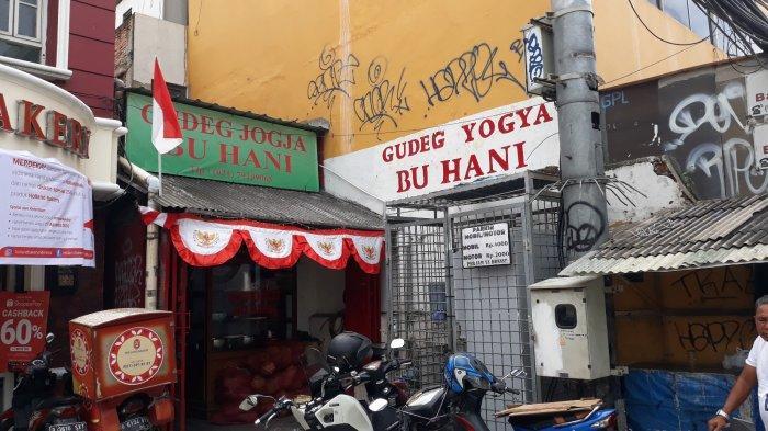 Menikmati Nasi Gudeg Yogya Bu Hani yang Tersohor di Jakarta Selatan