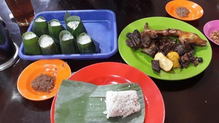 Mencicipi Nasi Uduk Ibu Tati di Tanah Abang Jakarta Pusat, Telah Berdiri Sejak Tahun 2000