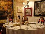 ruang-rijsttafel-di-restoran-tugu-kunstkring-paleis-jakarta.jpg
