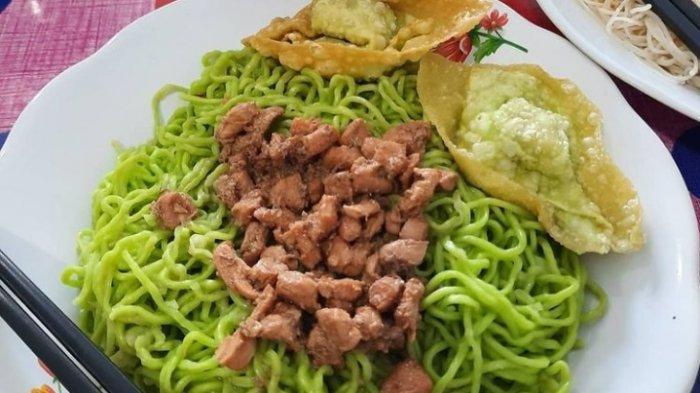 Wisata Kuliner Jambi, Cobain Makanan Sehat Buat Menu Spesial, Mi Hijau Sawi