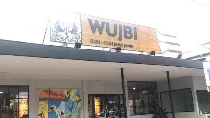 Galeri Wirausaha Unggulan Jambi (WUJBI) di Kota Jambi sebagai destinasi oleh-oleh Khas Jambi yang lengkap.