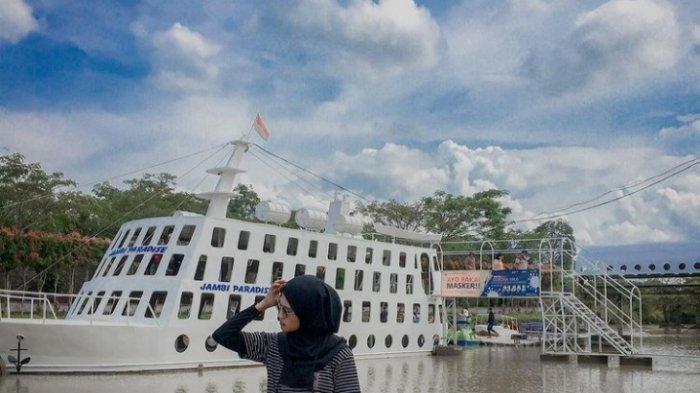 Kapal Pesiar Jambi Paradise Banyak Dikunjungi, Instagramable dan Mirip Titanic