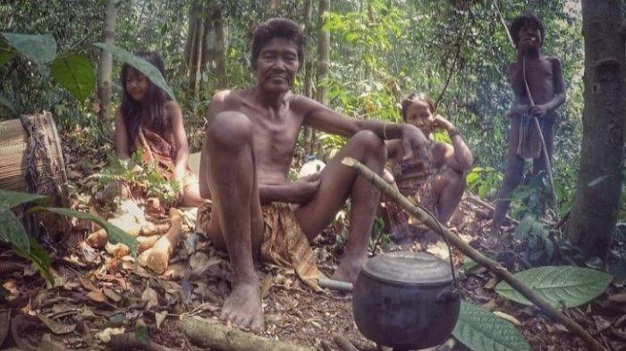 Mengenal 4 Suku Asli Jambi, Orang SAD Paling Awal Datang Ke Jambi