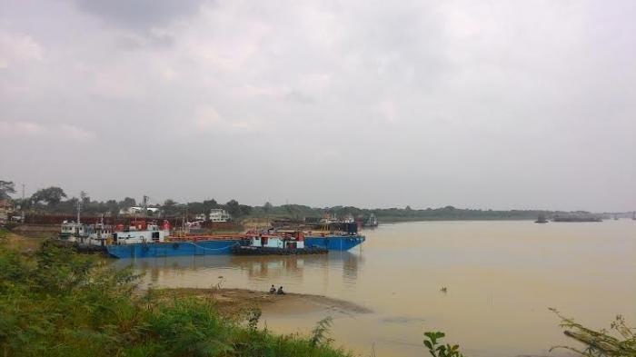 Aliran Sungai Batanghari Jambi Menyimpan Harta Karun, Masyarakat Berbondong ke Sungai