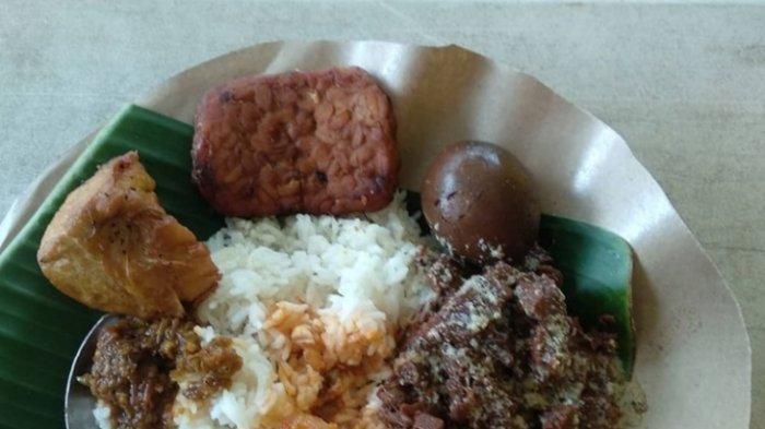 Rekomendasi 5 Tempat Makan Nasi Gudeg di Kota Jambi, Cobain Menu Sarapan Istimewa
