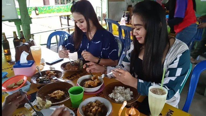 Kuliner Jambi, Nikmati Sop Tulang Cuma 10 Ribu di Warung Lindeks Sopto