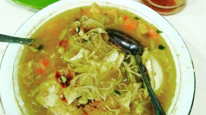 Walaupun di Pinggir Jalan, Tempat Makan Nasi Soto di Kota Jambi Ini Rasa nya Enak dan Murah